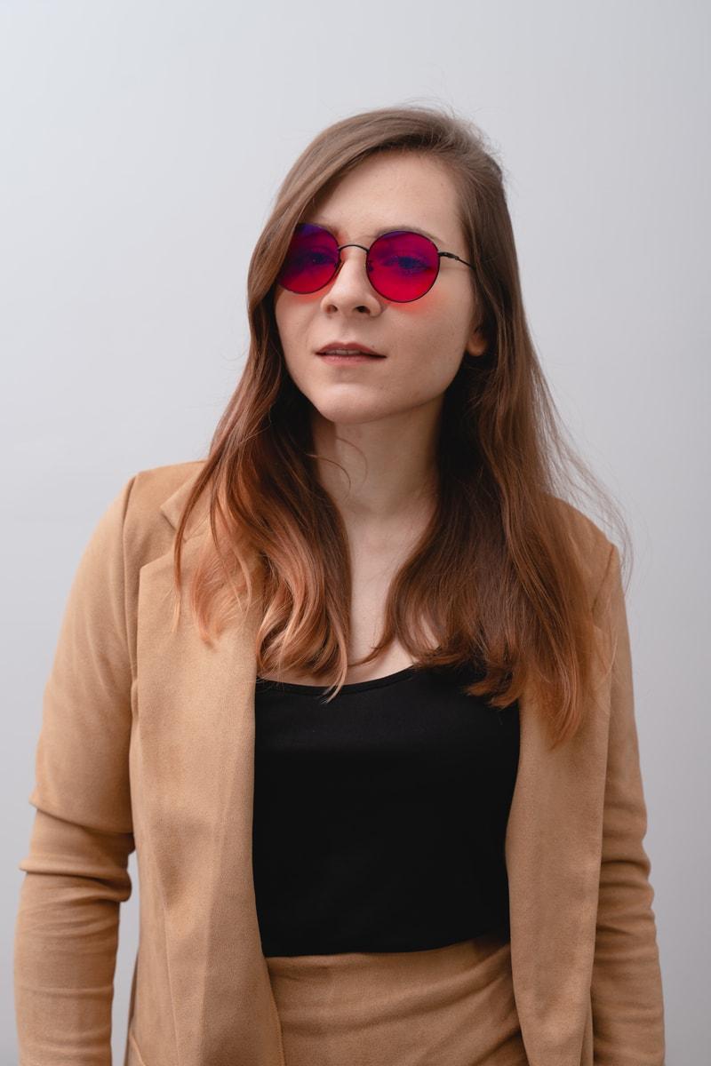 okrągłe okulary do komputera z czerwonymi szkłami biohac moon