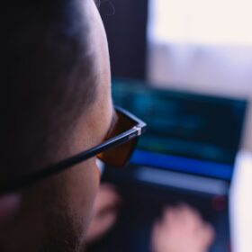 programowanie w okularach do komputera biohac